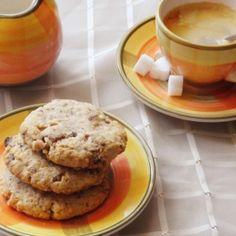 Csokis-krémsajtos keksz | Nosalty Pancakes, Cookies, Breakfast, Desserts, Food, Crack Crackers, Morning Coffee, Tailgate Desserts, Deserts