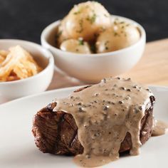 Enhance your steak experience with a classic accompaniment. The Hussar Grill shares its creamy and rich Pepper Sauce recipe that is guaranteed to pep up a home-cooked steak. Grilled Peppers, Grilled Meat, Steak Recipes, Sauce Recipes, Pepper Sauce For Steak, Lamb Ribs, Grilling, Cape Town, Stuffed Peppers
