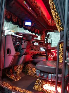 Truck Interior, Diesel Trucks, Scorpion, Bike Life, Buses, Porn, Sexy, Design, Trucks