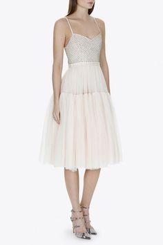 VOLUMINOUS DRESS IN BALLET PINK