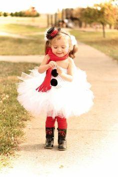 cute little girl in tutu | Snowman Costumes | Snowman Costume Ideas | COSTUMEi Check more at http://hrenoten.com
