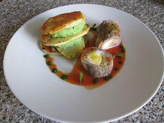 Veau   rouleau   aux  catanais ,pommes  de terre   avec  farcies   vert de  epinards Gino D'Aquino