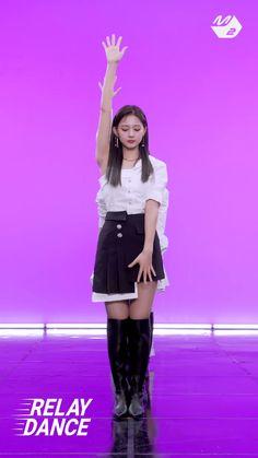 Nayeon, Kpop Girl Groups, Korean Girl Groups, Kpop Girls, Twice Tzuyu, Twice Dahyun, Kpop Costume, Kpop Entertainment, Twice Video