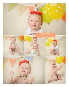 Happy cake smasher #albanycakesmashphotographer #cakesmashphotos www.tuleafphotography.com