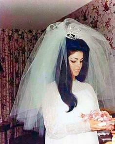 Priscilla Presley getting ready for her wedding ceremony at the Aladdin Hotel & Casino, Las Vegas, NV, May Elvis Wedding, 1970s Wedding, Wedding Bride, Wedding Ceremony, Dream Wedding, Wedding Day, Vintage Weddings, Wedding Goals, Wedding Anniversary
