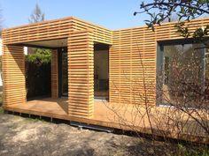 Mikrohaus mit integrierter Einlegerwohnung. Merkmale: Baukastenausführung Fenster- und Türelemente in Holz-Alu Ausführung Umfangreiche Terrassenfläche...