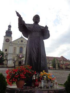 Statue of John Paul II in Kalwaria Zebrzydowska, Poland Paul 2, Pope John Paul Ii, Poland, Saints, Religion, Statue, History, Painting, Beautiful