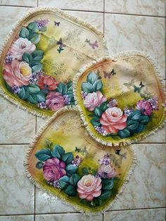 Textiles, Cutwork, Hot Pads, Fabric Painting, Art Sketches, Hand Embroidery, Decoupage, Stencils, Diy And Crafts