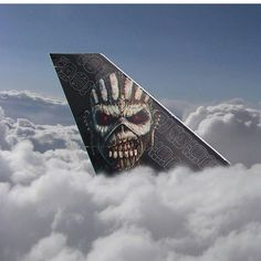 Iron Maiden , cool tail section . Iron Maiden Band, Hard Rock, Iron Maiden Posters, Eddie The Head, Best Iron, Creation Art, Heavy Metal Bands, To Infinity And Beyond, Nose Art