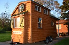 Rolling Cabins Tiny Log House on Wheels 001