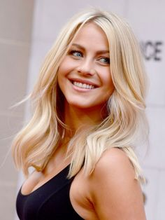 Julianne Hough Wavy Mid-Length Hairstyle