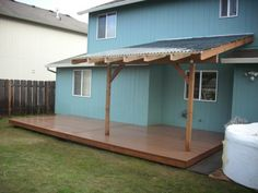 Composite deck with patio cover   Deck Masters, llc - Portland, OR