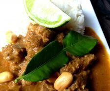 Recipe Rachel's Beef, Lime & Peanut Curry by arwen.thermomix - Recipe of category Main dishes - meat Curry Recipes, Meat Recipes, Indian Food Recipes, Asian Recipes, Cooking Recipes, Peanut Curry, Gluten Free Chilli, Beef Curry, Food Club