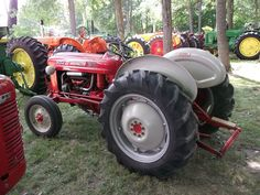 1958 Ford 661 WorkMaster tractor