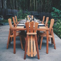 Great for Garden, Patios and Decks. Mahogany Garden Furniture, outdoor furniture, outdoor furniture diy, outdoor fur… - All About Adirondack Decor, Outdoor Tables, Outdoor Decor, Outdoor Furniture Plans, Furniture Ideas, Cafe Interior Design, Modern Dining Table, Patio Chairs, Decks