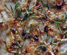 Chèvre-päärynä-pizzaa, jumalaisen hyvää!