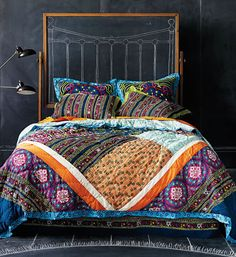 Beautiful Bedding, And Such A Cool Idea To Do A Chalkboard As The Headboard!  Bedroom Cute Room Headboard B U0026 B Italia Home 08 Mart Part 88