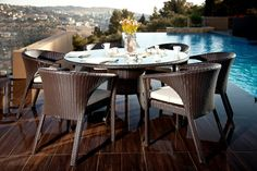 conjunto mesa sillas rattan marron