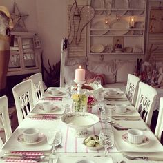 Shabby and Charming: Suzanne's romantic vintage cottage