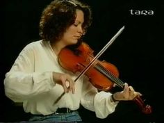 Eileen Ivers on the fiddle - YouTube