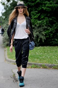 Ondria Hardin. #Fashion, #FW16, #HauteCouture, #Moda, #Mode, #Model, #ModelsOffDuty, #OndriaHardin, #Paris, #PFW, #Street, #StreetStyle, #Style, #Woman Photo © Wayne Tippetts