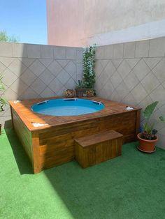 Hot Tub Deck, Hot Tub Backyard, Small Backyard Pools, Backyard Pool Designs, Small Pools, Piscina Diy, Intex Above Ground Pools, Hot Tub Surround, Pool Deck Plans