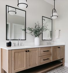 Master Bathroom Vanity, Small Bathroom, Bathroom Ideas, Bathroom Organization, Master Bathroom Designs, Master Baths, Light Bathroom, Bathroom Inspo, Washroom