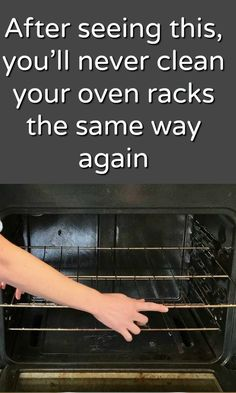 One of the things I really dislike doing is cleaning my oven! All of that hard to remove burnt food pieces and grease splatters really get me down. Oven Cleaning Hacks, Cleaning Oven Racks, Self Cleaning Ovens, Household Cleaning Tips, Cleaning Recipes, Cleaning Solutions, Bathtub Cleaning, Kitchen Cleaning, Oven Rack Cleaner