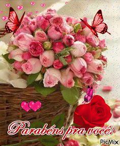 Que Deus te abençoe sempre. Birthday Cards, Happy Birthday, Greetings Images, Happy B Day, Beautiful Roses, Floral Wreath, Birthdays, Lily, Flowers