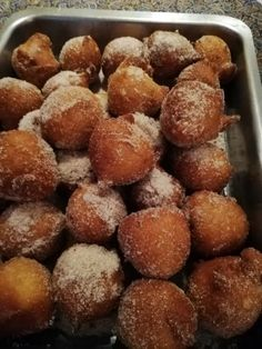 Bollas With***cinnamon Sugar*** recipe by Shaheema Khan posted on 24 May 2019 . Recipe has a rating of by 1 members and the recipe belongs in the Savouries, Sauces, Ramadhaan, Eid recipes category Bollas Recipe, Recipe Menu, Eid Food, South African Recipes, Indian Desserts, Food Categories, Donut Recipes, Food Menu, Melting Chocolate
