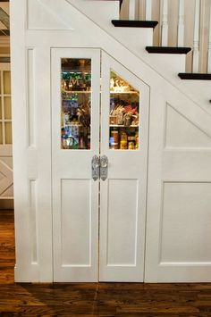 like the idea of a pantry/storage under the stairs