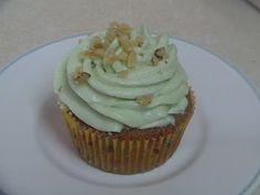 Whole Wheat Key Lime Cupcakes and the whole site is healthy cupcakes and cookies