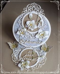 Elly's Card- Corner, easel card with paper orchids, Marianne Design