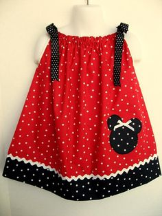 Pillowcase Dress-Well doneJennawho is the creator of this cute little & Custom Boutique Pillowcase Dress MINNIE MOUSE by AnnMargrock ... pillowsntoast.com