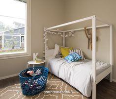 Muurametalot Kanerva V-96 - Asuntomessut Toddler Bed, Furniture, Home Decor, Child Bed, Decoration Home, Room Decor, Home Furnishings, Home Interior Design, Home Decoration