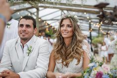 Noivos lindos, pé na areia e muita descontração! Assim foi o casamento de Marília Boaretto e Marcio Gianotto, no Luai Cabanas Maresias, litoral norte de Sã