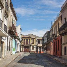 La vieille ville de Montevideo c'est zombieland le dimanche... un peu effrayant mais un chouette terrain de jeu pour faire de la photo!