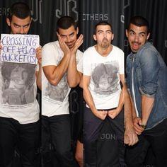 Joe Jonas everyone...