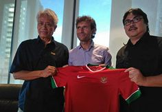 Latih Timnas Indonesia, Ini Target PSSI untuk Luis Milla