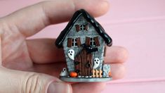 tutorial: miniature Halloween house (two part tutorial)