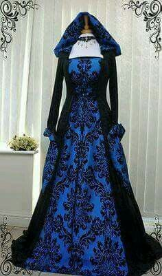 Celtic witch blue/black gown