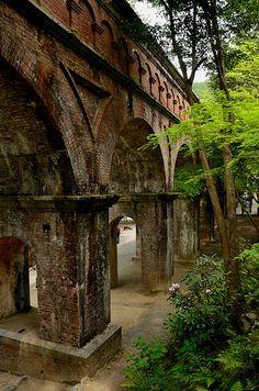 """re-pinned: """"Suiro-Kaku, The Roman-style aqueduct in Nanzen-Ji, Kyoto / 京都・南禅寺にある水路閣"""""""