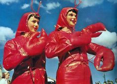 Lobster ladies. Why don't I have a costume like this? I'd wear it all the time!