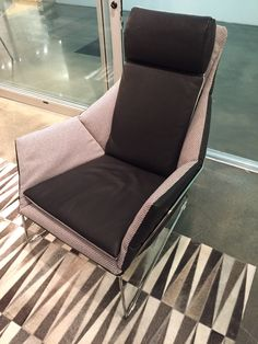 TREND: Bold Upholstery-unexpected materials + interesting details along the seams #hpmkt