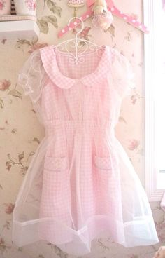 My kawaii world *w* Pastel Fashion, Kawaii Fashion, Lolita Fashion, Cute Fashion, Fashion Outfits, Visual Kei, Pink Outfits, Cute Outfits, Pink Gingham