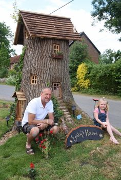 Neil Rafis, and his granddaughter Poppy Robinson, four, with Emily& House, the fairy tree in his front garde… Fairy Tree Houses, Fairy Garden Houses, Gnome Garden, Garden Trees, Garden Art, Fairy Village, Balcony Garden, Emily House, Fairy Doors