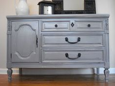 Before Meets After: Grey beauty Glazing Furniture, Repainting Furniture, Furniture Fix, Refurbished Furniture, Furniture Making, Furniture Makeover, Painted Furniture, Grey Bedroom Decor, Master Bedroom
