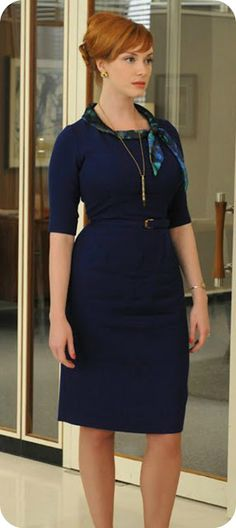 Joan Holloway (Christina Hendricks) in Mad Men Mad Men Fashion, 1960s Fashion, Vintage Fashion, Womens Fashion, Style Fashion, Fashion Trends, Joan Holloway, Cristina Hendrix, Style Retro