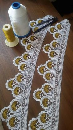 Crochet Trim, Filet Crochet, Hand Crochet, Crochet Lace, Creative Embroidery, Hand Embroidery, Baby Knitting Patterns, Crochet Patterns, Needle Lace