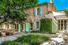 Beautiful Provencal mas with large garden and poo in Provence Cote d'Azur